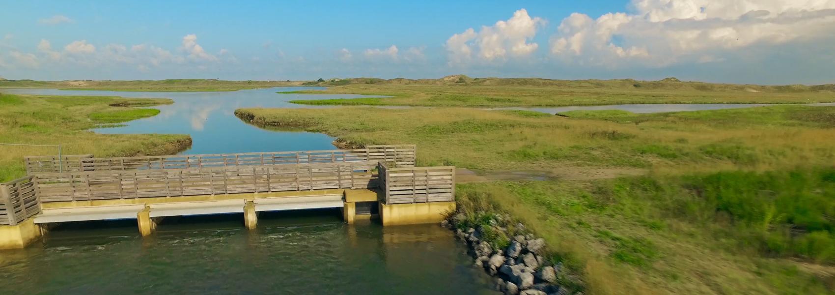 brugje over het water